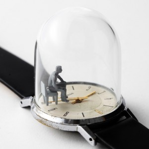 dezeen_Watch-sculptures-Moments-in-Time-by-Dominic-Wilcox_09